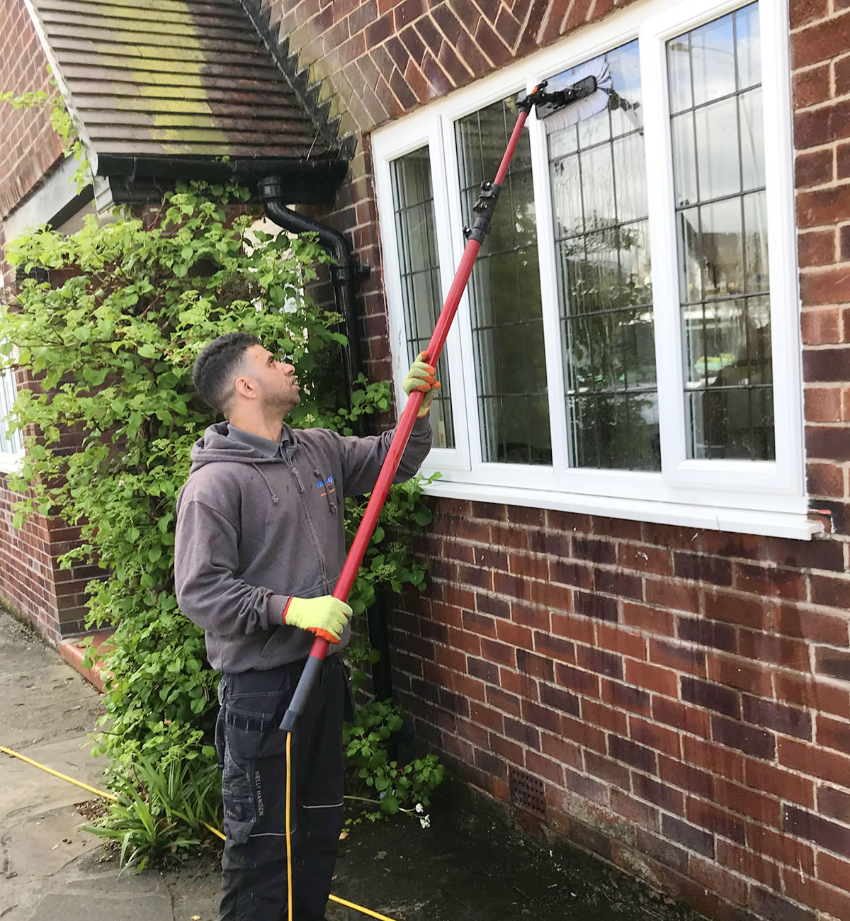 best home window cleaner manchester